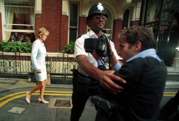 Photographer「Princess Diana Divorce Announced」:写真・画像(13)[壁紙.com]