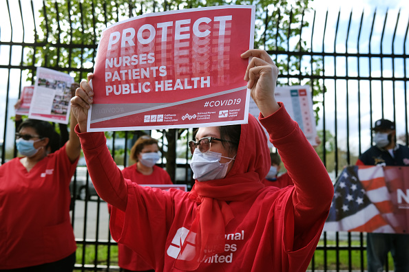 Occupational Safety And Health「Nurses Union Holds May Day Protest At Bronx Hospital Demanding Safer Conditions During Coronavirus Pandemic」:写真・画像(0)[壁紙.com]