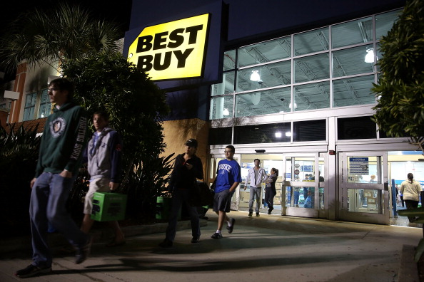Naples - Florida「Shoppers Take Advantage Of Black Friday Deals」:写真・画像(2)[壁紙.com]