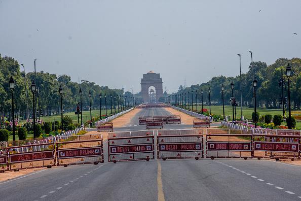 Lockdown「India Calls For Curfew Against The Coronavirus Outbreak」:写真・画像(11)[壁紙.com]