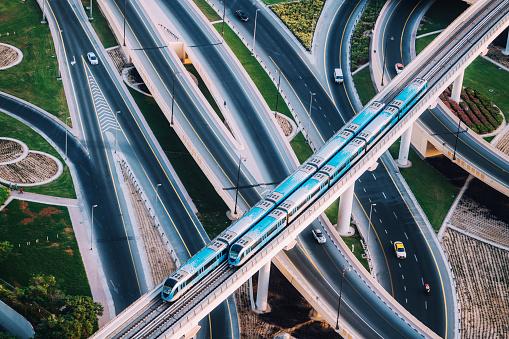 Sheikh Zayed Road「Highway intersection and Metro Train in Dubai, UAE」:スマホ壁紙(19)