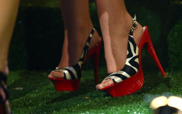 Slingback Shoe「Brit Awards 2009: Shortlist Announced - Performance」:写真・画像(13)[壁紙.com]