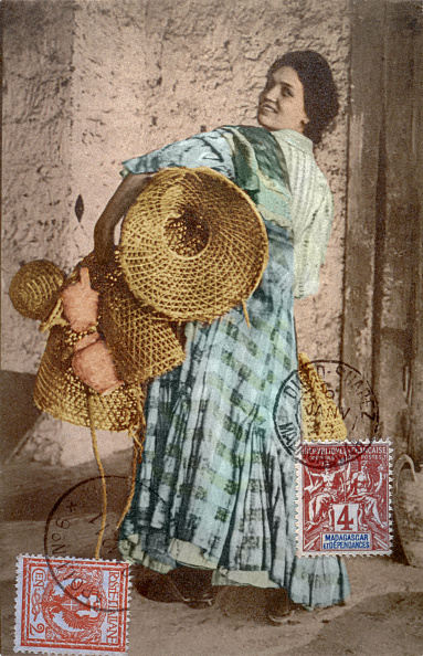 Pitcher - Jug「THE SALESWOMAN OF BASKETS」:写真・画像(4)[壁紙.com]