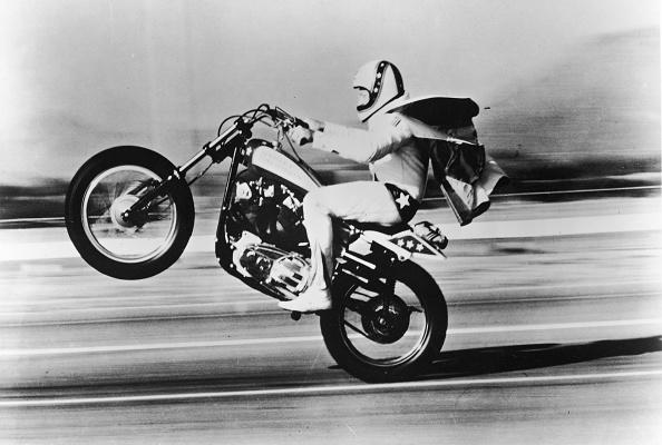 Celebrities「Evel Knieval Pulls 'Wheelie'」:写真・画像(3)[壁紙.com]
