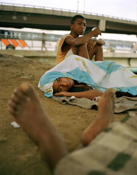Elevated Road「Brazil, Rio de Janeiro, Rodoviaria, portrait of homeless boys (11-13)」:写真・画像(9)[壁紙.com]