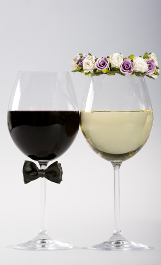 Bow Tie「Wine glasses made as bride and groom」:スマホ壁紙(18)