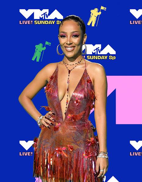 Attending「2020 MTV Video Music Awards – Arrivals」:写真・画像(9)[壁紙.com]