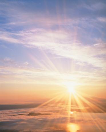 Hokkaido「The Sun Rising Over Shiretoko Peninsula and Lake Kussharo. Hokkaido, Japan」:スマホ壁紙(15)