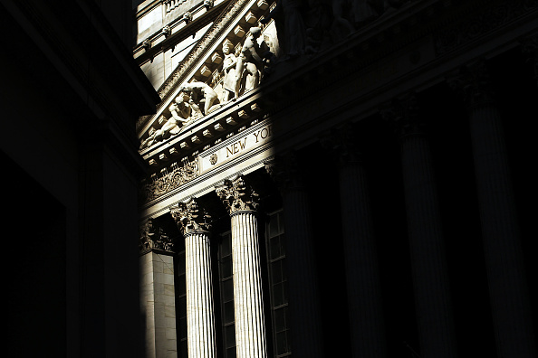 Recovery「Dow Jones Industrial Average Dips Below 10,000」:写真・画像(16)[壁紙.com]