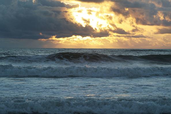 Sea「Carolinas Prepare As Hurricane Florence Approaches As Category 4 Storm」:写真・画像(9)[壁紙.com]
