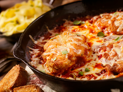 Parmesan Cheese「Chicken Parmesan Baked in Tomato Sauce with Mozzarella Cheese」:スマホ壁紙(13)