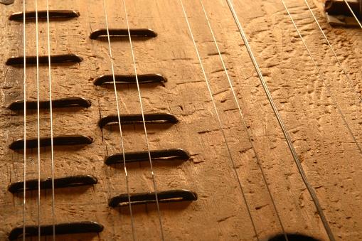 String Instrument「Old Zither」:スマホ壁紙(3)
