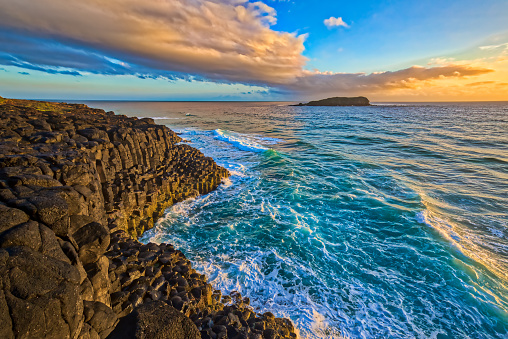 Basalt「Fingal Head headland rock formations,New South Wales,Australia」:スマホ壁紙(13)