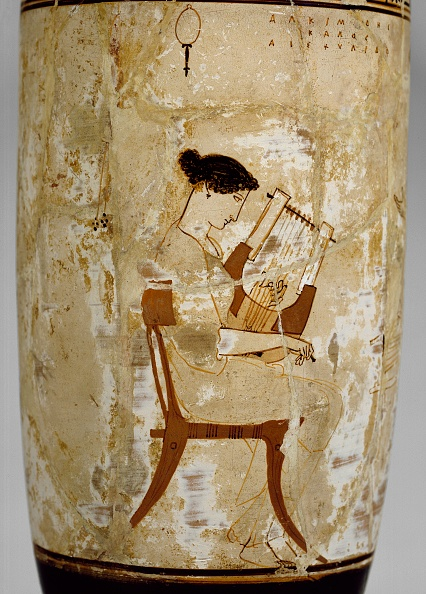 Vase「Attic White-Ground Lekythos With Image Of Women Musicians」:写真・画像(2)[壁紙.com]