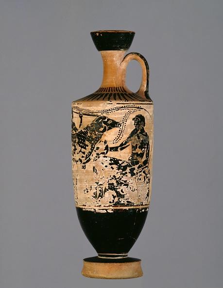Ceramics「Attic White-Ground Lekythos Depicting Odysseus And Polyphemus」:写真・画像(14)[壁紙.com]