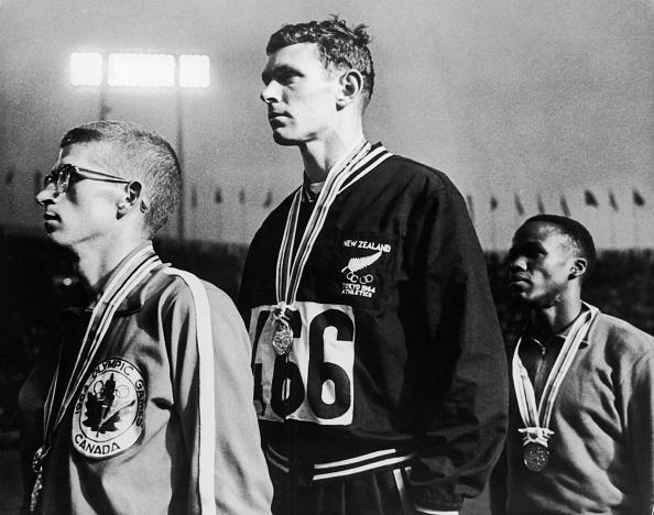 オリンピック「Gold For Peter Snell」:写真・画像(7)[壁紙.com]