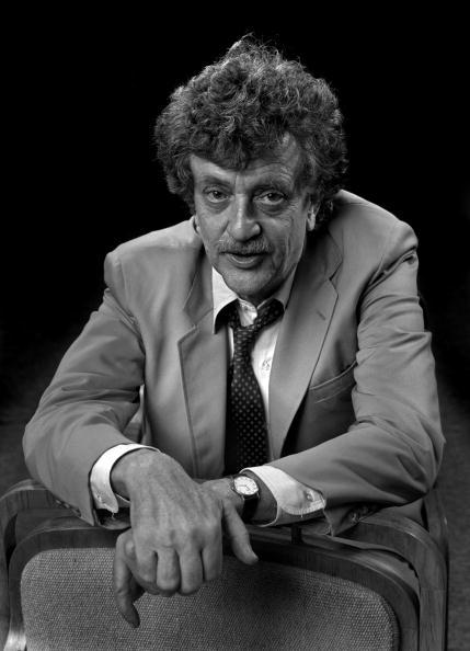 Tallahassee「Kurt Vonnegut Portrait」:写真・画像(17)[壁紙.com]