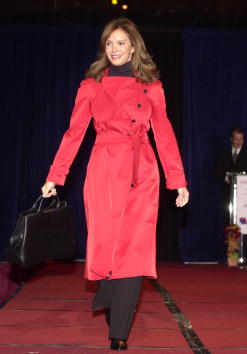 Jaclyn Smith「Celebs At Actors And Others For Animals Celebrity Pro-Animals Celebrity Fashion Show」:写真・画像(14)[壁紙.com]