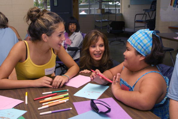 Jaclyn Smith「Jaclyn Smith Visits Ability First Summer Camp」:写真・画像(6)[壁紙.com]