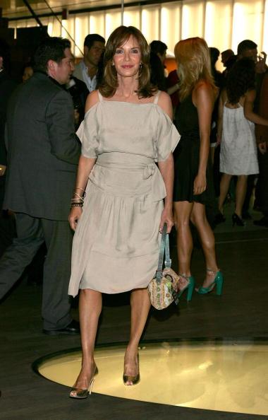 "Jaclyn Smith「Prada Celebrates Opening Of ""Waist Down Skirts By Miuccia Prada"" - Arrivals」:写真・画像(7)[壁紙.com]"
