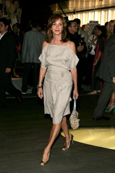 "Jaclyn Smith「Prada Celebrates Opening Of ""Waist Down Skirts By Miuccia Prada"" - Arrivals」:写真・画像(8)[壁紙.com]"
