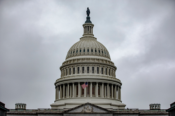 Overcast「Capitol Hill Prepares Ahead Of Full House Vote On Impeachment Articles This Week」:写真・画像(13)[壁紙.com]