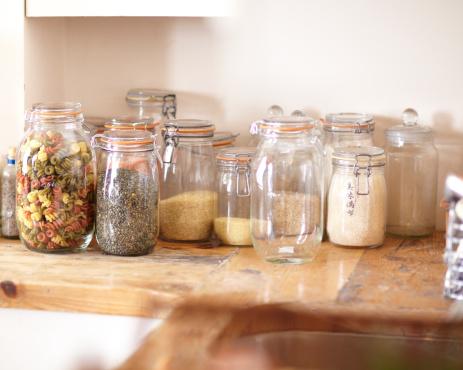 Focus On Background「Jars filled with ingredients」:スマホ壁紙(7)