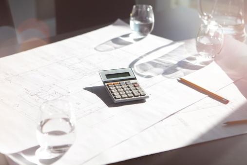 Blueprint「Calculator in modern office.」:スマホ壁紙(16)