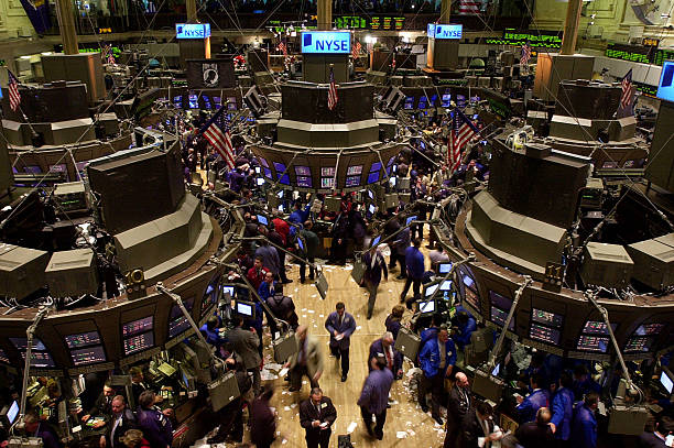 Stocks Roar After Interest Rate Cut By Fed:ニュース(壁紙.com)