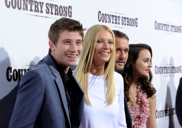 "Frazer Harrison「Screening Of Screen Gems' ""Country Strong"" - Arrivals」:写真・画像(3)[壁紙.com]"