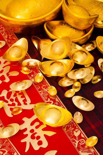 Better fortune「Chinese traditional currency gold yuanbao ingots and couplets for Chinese New Year」:スマホ壁紙(6)