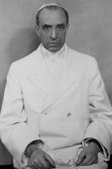 Skull Cap「Pope Pius XII」:写真・画像(0)[壁紙.com]