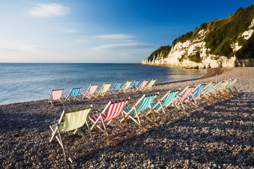 Deck Chair「Deckchairs on Beer Beach, Devon, England, UK」:スマホ壁紙(17)
