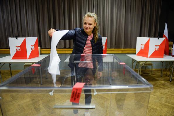 October「Poland Holds Parliamentary Elections」:写真・画像(18)[壁紙.com]