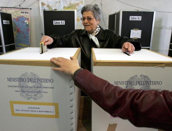 Marco Di Lauro「Italians Go To The Polls In General Election」:写真・画像(19)[壁紙.com]