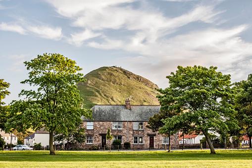 East Lothian「The North Berwick Law」:スマホ壁紙(3)