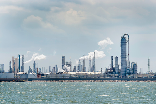 Gulf Coast States「petro chemical oil processing refinery plant, Texas City industrial skyline」:スマホ壁紙(18)