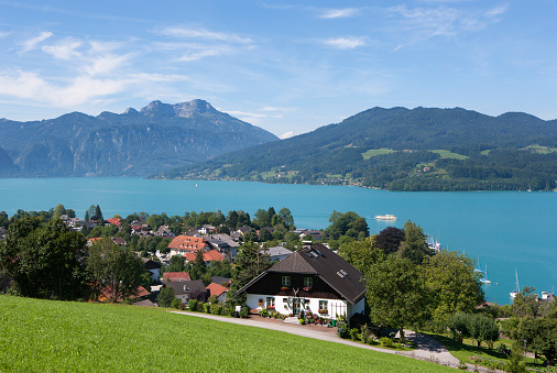 Salzkammergut「Austria, Seefeld, with lake Attersee and Schafberg」:スマホ壁紙(6)