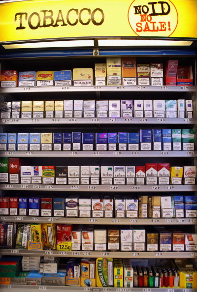 Cigarette「Tobacco Shop Displays To Be Banned」:写真・画像(10)[壁紙.com]