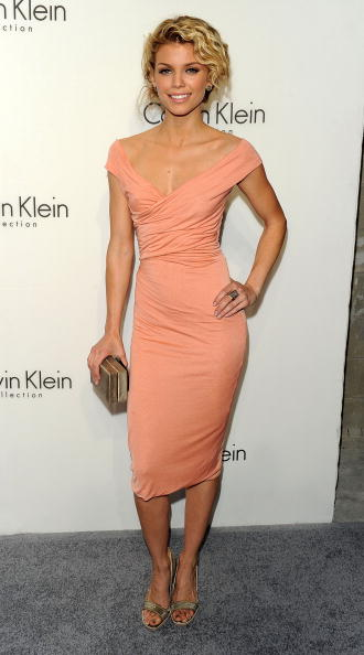 AnnaLynne McCord「Women's Fall 2010 Calvin Klein Collection After Party」:写真・画像(15)[壁紙.com]