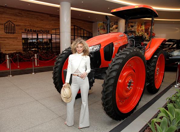 アナリン マッコード「Grand Opening of FARMHOUSE Los Angeles」:写真・画像(14)[壁紙.com]