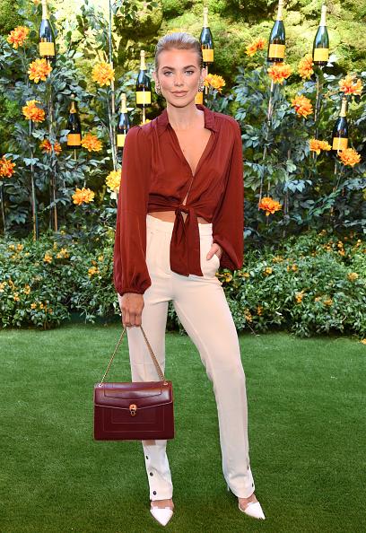 AnnaLynne McCord「10th Annual Veuve Clicquot Polo Classic Los Angeles」:写真・画像(2)[壁紙.com]