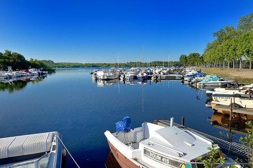 Nouvelle-Aquitaine「Biscarrosse Lake, small fishing port and marina」:スマホ壁紙(14)