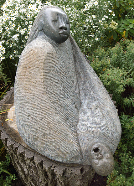 Sculpture「Chapungu, Contemporary African Stone Sculpture On Display In Chicago」:写真・画像(14)[壁紙.com]