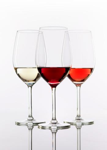 Crystal「three wineglasses with wine」:スマホ壁紙(15)
