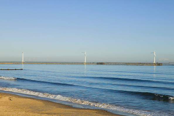 Horizon「Offshore wind turbines」:写真・画像(2)[壁紙.com]