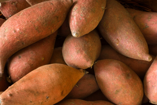 Sweet Potato「Raw  Whole Sweet Potatoes Yams, Fresh Healthy Root Vegetable」:スマホ壁紙(9)