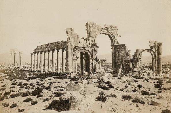 Architectural Column「Palmyra」:写真・画像(3)[壁紙.com]