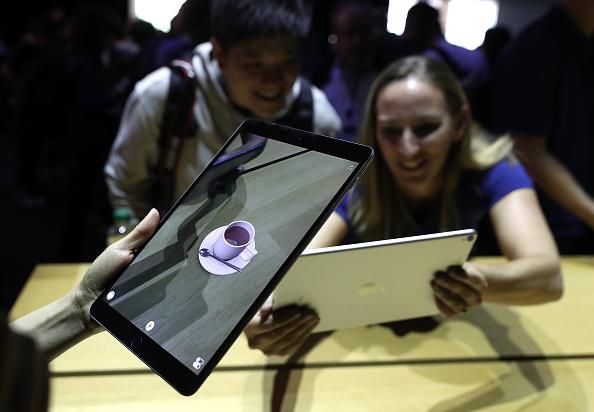 Digital Tablet「Keynote Address Opens Apple Worldwide Developers Conference」:写真・画像(11)[壁紙.com]
