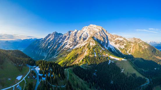 Steep「Aerial panorama of Rossfeld mountain panoramic road, Berchtesgaden, Germany」:スマホ壁紙(3)